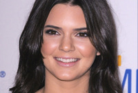 Get-the-kendall-jenner-look-side